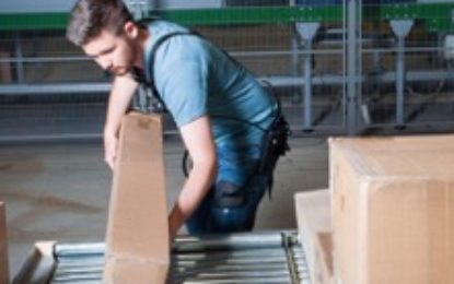 GEODIS protects warehouse employees welfare with exoskeletons