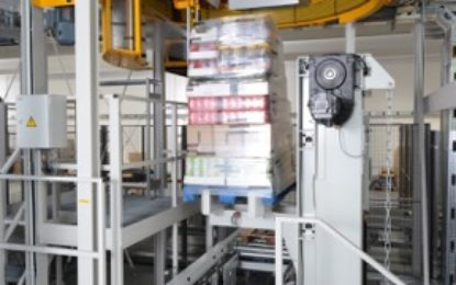 Store-friendly-sequencing through warehouse-friendly automation