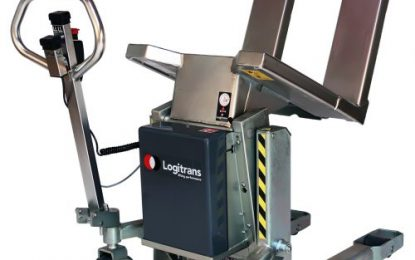 Stainless Logitilt lifts and tilts boxes up to 90°!