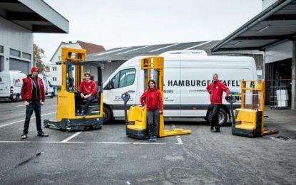 Jungheinrich donates forklift truck to Hamburger Tafel