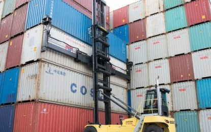 Hyster modifies its range of Container Handlers & 18+ tonnes capacity Lift Trucks