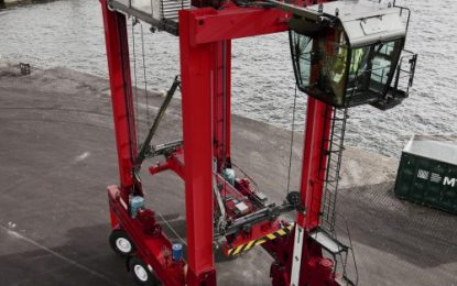 Kalmar and Maritime Transport extend cooperation with new order for straddle carriers