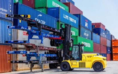 Hyster launches 10-18 tonne lift capacity trucks